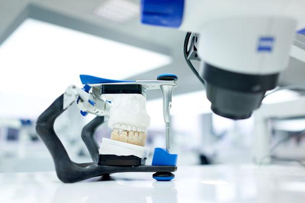 Dentallabor München » Zahnlabor mit Profi Zahntechniker